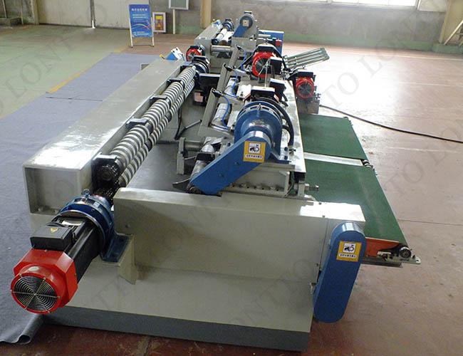 VENEER PEELING MACHINE 3